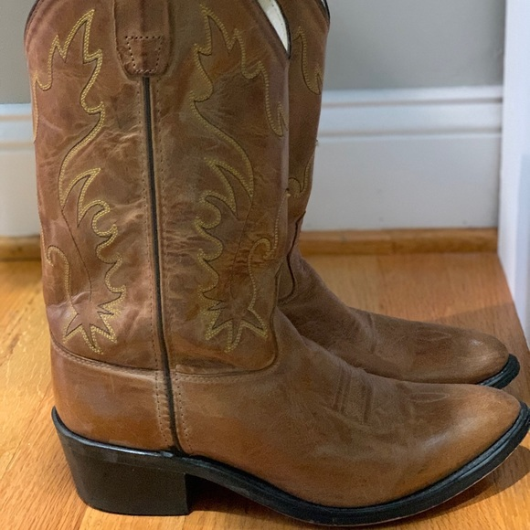 Old West Shoes - Cowgirl Boots